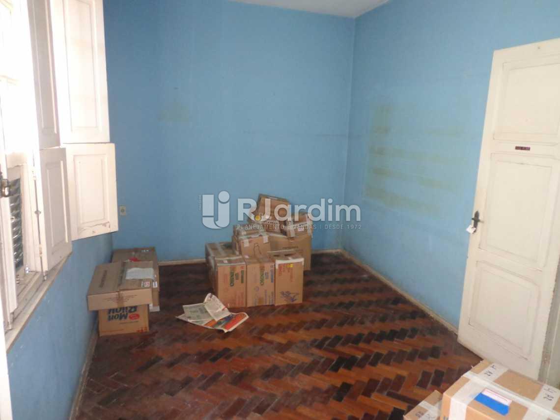 quarto 1 - Casa Rua Visconde de Carandaí,Jardim Botânico, Zona Sul,Rio de Janeiro, RJ À Venda, 4 Quartos, 250m² - LACA40018 - 9