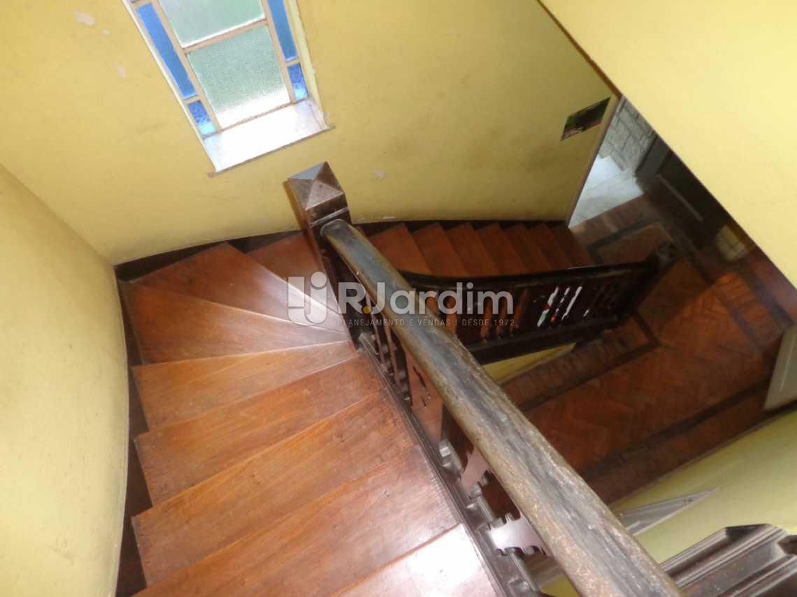 Acesso ao 2° andar - Casa Rua Visconde de Carandaí,Jardim Botânico, Zona Sul,Rio de Janeiro, RJ À Venda, 4 Quartos, 250m² - LACA40018 - 8