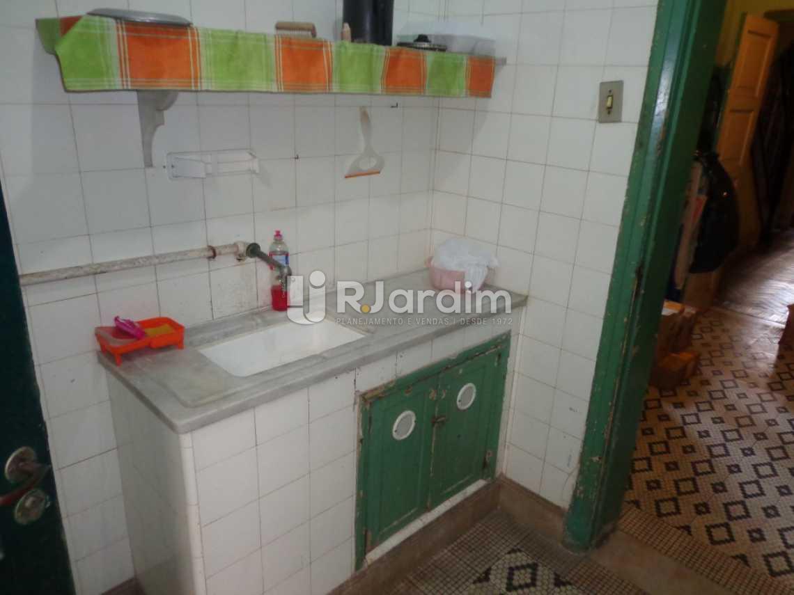 cozinha - Casa Rua Visconde de Carandaí,Jardim Botânico, Zona Sul,Rio de Janeiro, RJ À Venda, 4 Quartos, 250m² - LACA40018 - 6