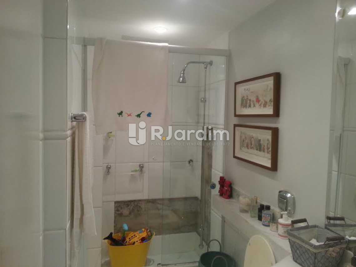banheiro social - Apartamento À VENDA, Lagoa, Rio de Janeiro, RJ - LAAP40345 - 11