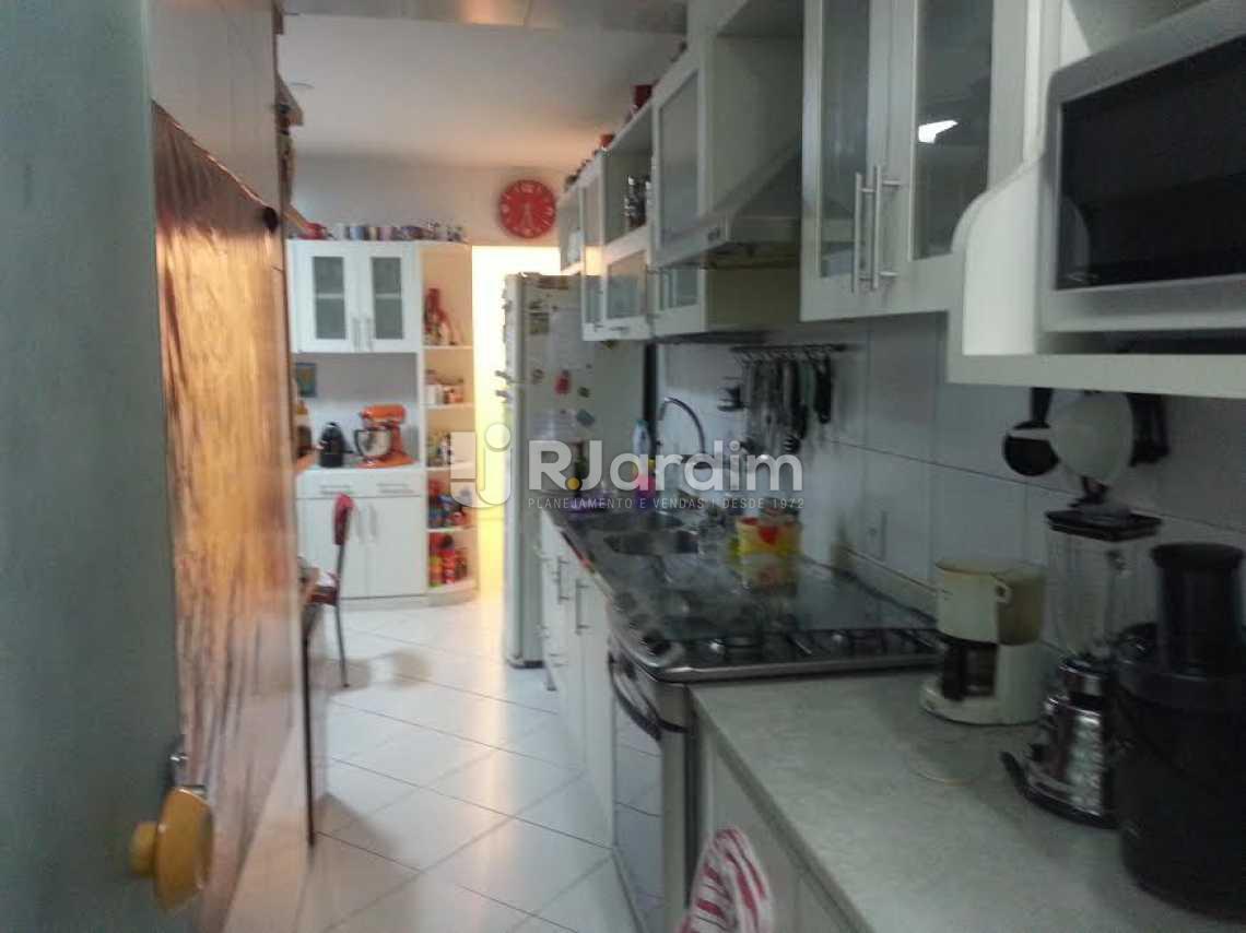 cozinha - Apartamento Lagoa, Zona Sul,Rio de Janeiro, RJ À Venda, 4 Quartos, 126m² - LAAP40345 - 14