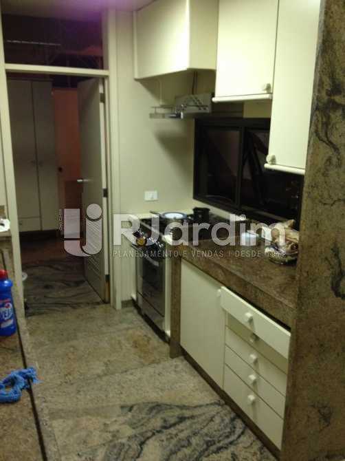 cozinha - Apartamento À VENDA, Leblon, Rio de Janeiro, RJ - LAAP40353 - 26