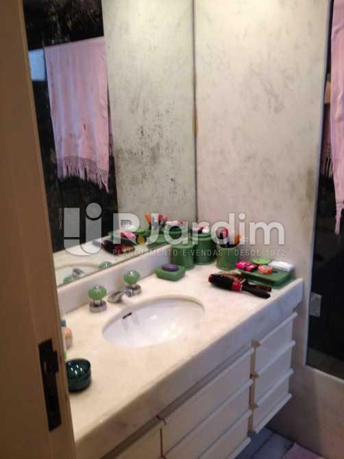 banheiro social - Apartamento à venda Avenida Borges de Medeiros,Leblon, Zona Sul,Rio de Janeiro - R$ 7.500.000 - LAAP40353 - 24