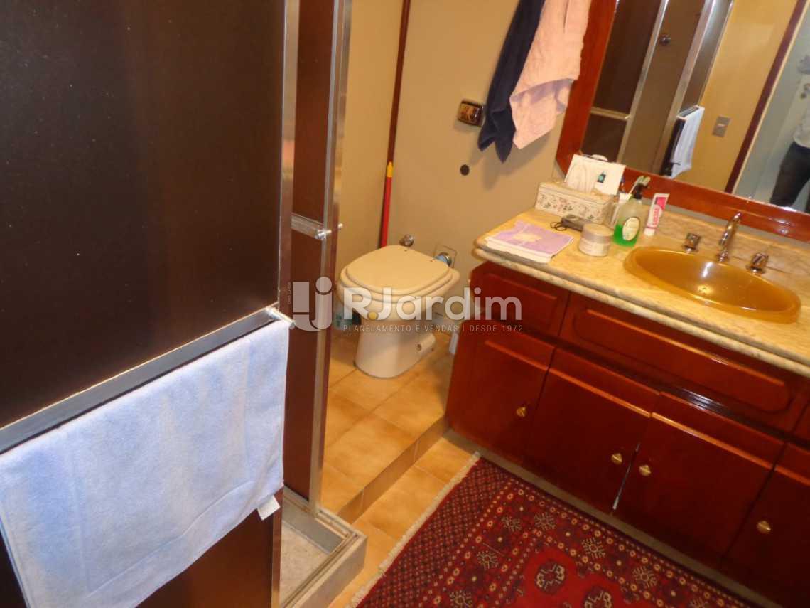 banheiro suíte - Cobertura À VENDA, Copacabana, Rio de Janeiro, RJ - LACO30114 - 14