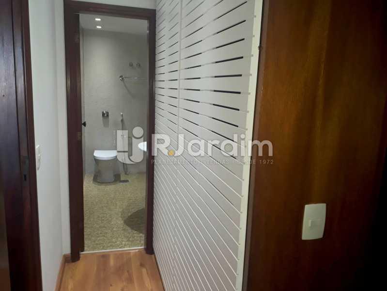 corredor /armários - Compra Venda Avaliação Imóveis Apartamento Lagoa 3 Quartos - LAAP30831 - 12