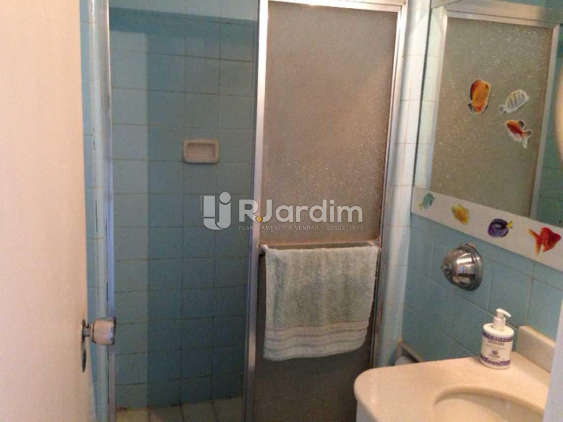 Banheiro Social 1 - Compra Venda Avaliação Imóveis Apartamento Lagoa 3 Quartos - LAAP30823 - 10
