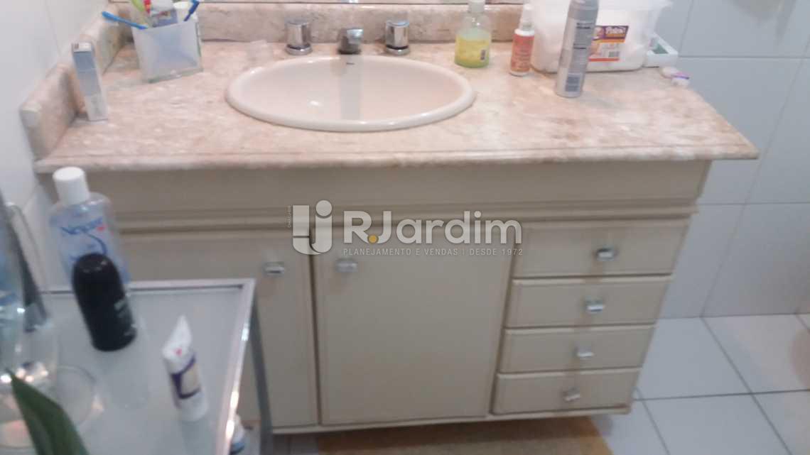 BANHEIRO SUÍTE - Apartamento Gávea,Zona Sul,Rio de Janeiro,RJ Para Alugar,3 Quartos,160m² - LAAP30849 - 6