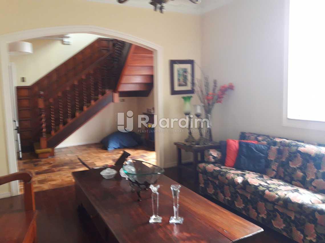 Acesso 2º piso p/ escada linea - Imóveis Compra e Venda Jardim Botânico Casas - LACA40020 - 7