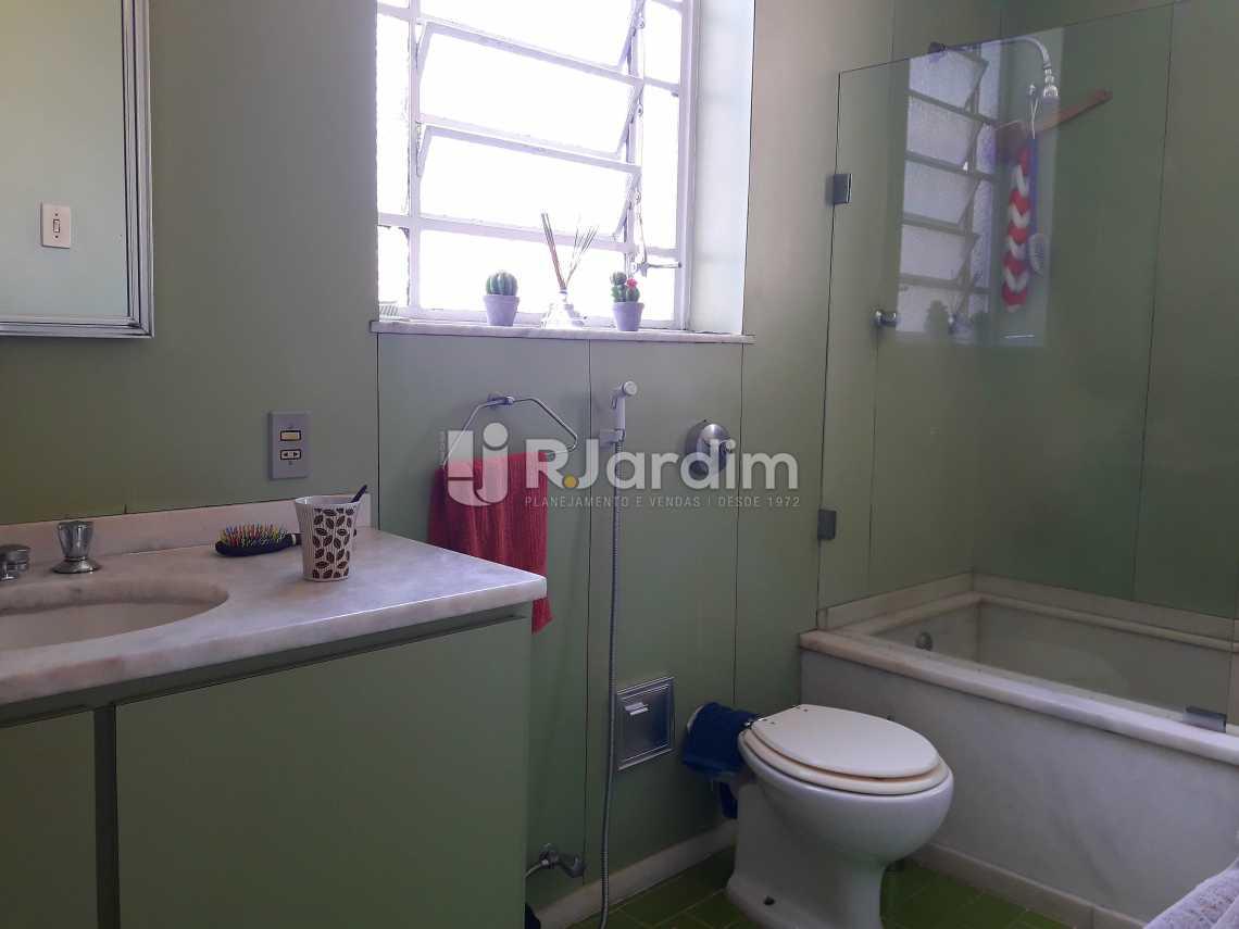 Banheiro Social - Imóveis Compra e Venda Jardim Botânico Casas - LACA40020 - 21