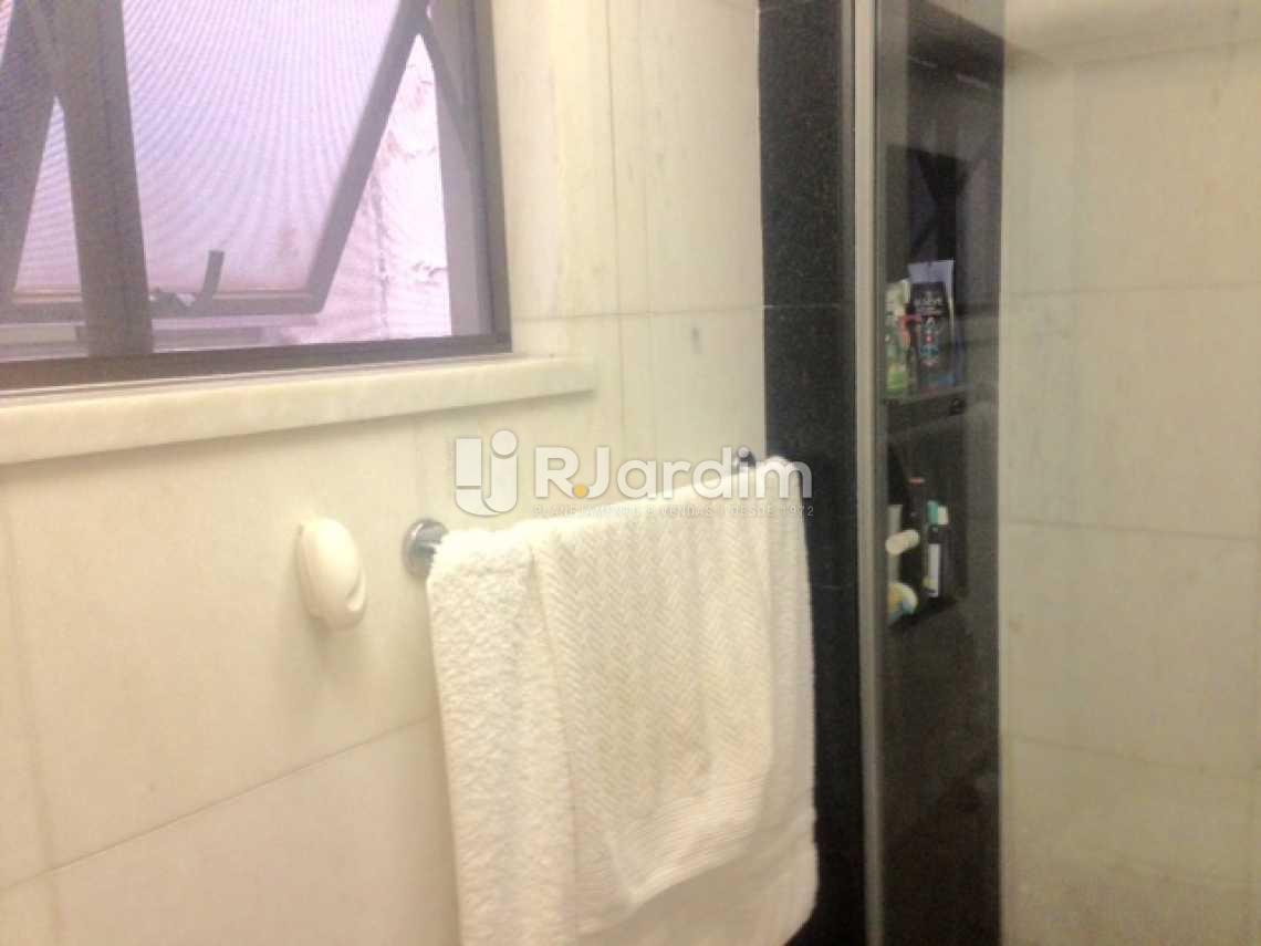 Banheiro Social - Compra Venda Avaliação Apartamento Ipanema 3 Quartos - LAAP30896 - 9