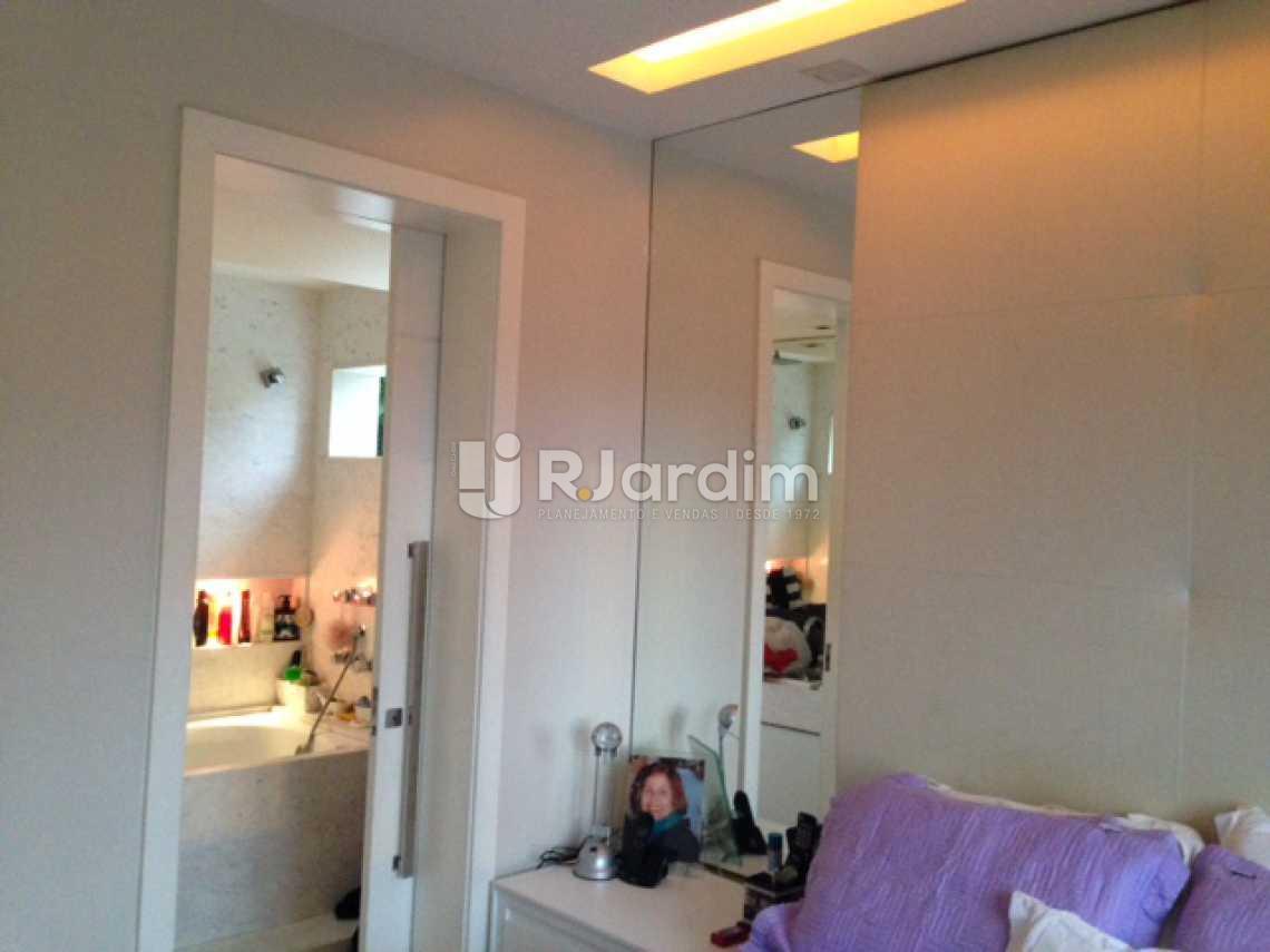 Suíte  - Compra Venda Avaliação Imóveis Apartamento Lagoa 2 Quartos - LAAP20633 - 13