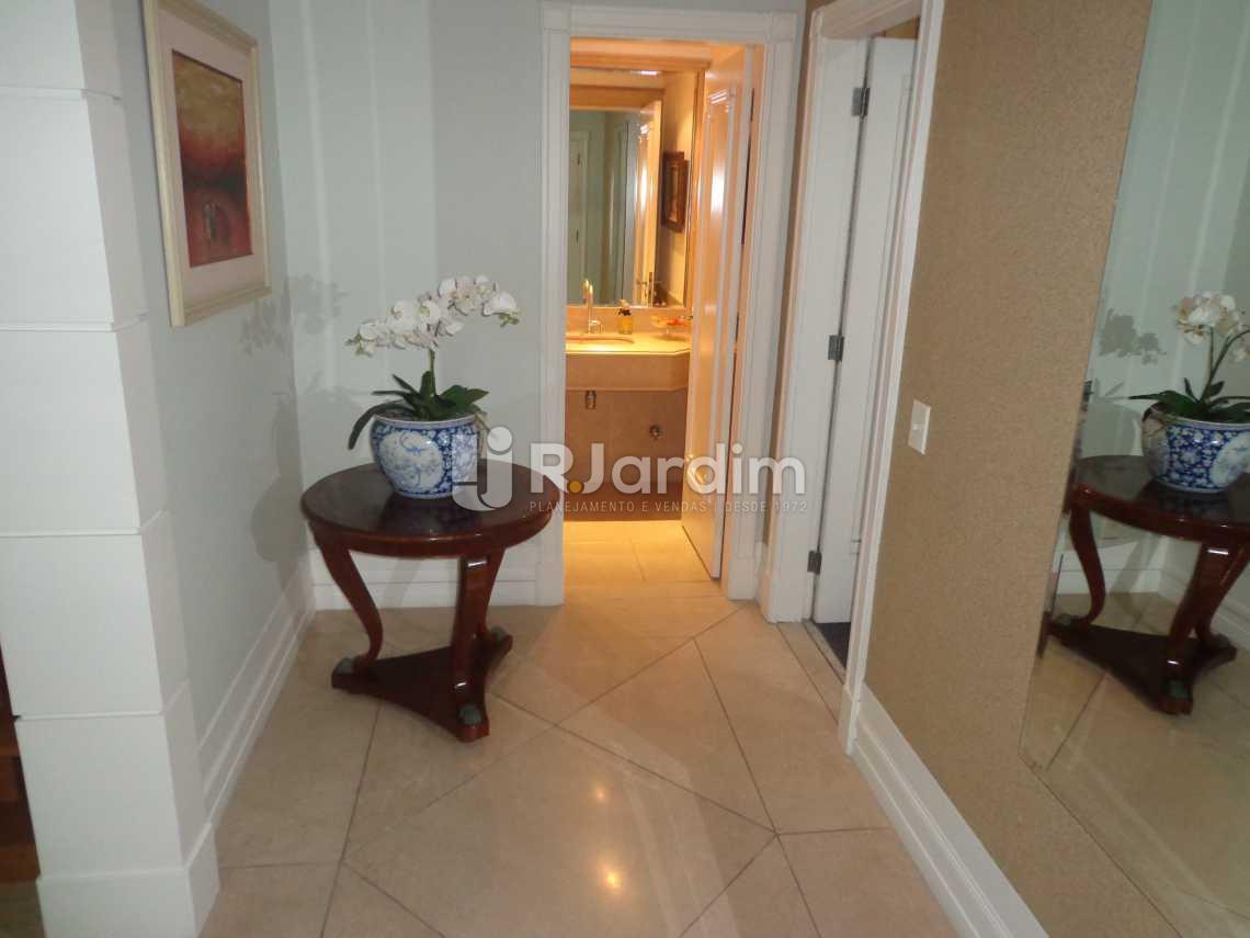hall de entrada - Apartamento 5 Quartos À Venda Leblon, Zona Sul,Rio de Janeiro - R$ 12.000.000 - LAAP50023 - 10
