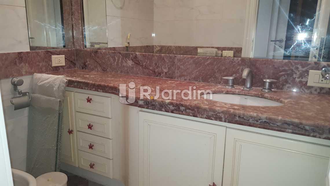 Banheiro Suíte 5 - Apartamento 5 quartos à venda Leblon, Zona Sul,Rio de Janeiro - R$ 16.000.000 - LAAP50025 - 25
