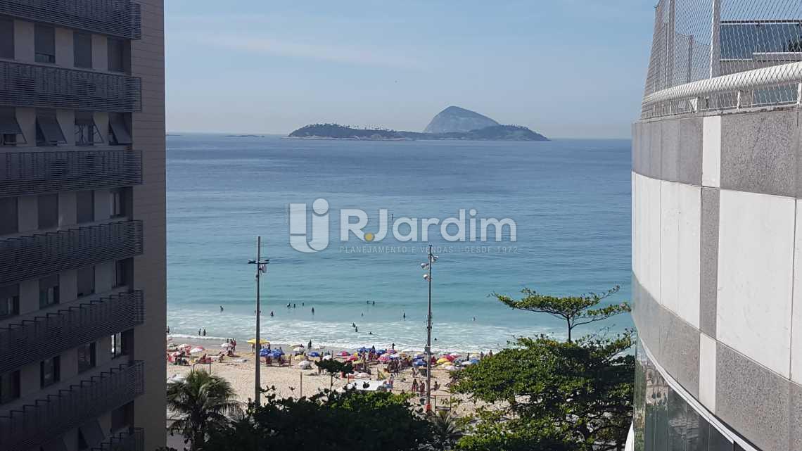 vista lateral mar  - Cobertura À VENDA, Leblon, Rio de Janeiro, RJ - LACO30127 - 3
