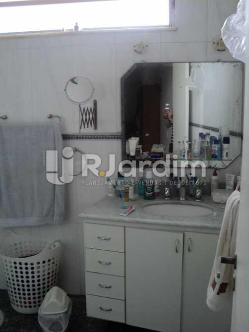 Banheiro Social  - Apartamento À VENDA, Jardim Botânico, Rio de Janeiro, RJ - LAAP50027 - 18