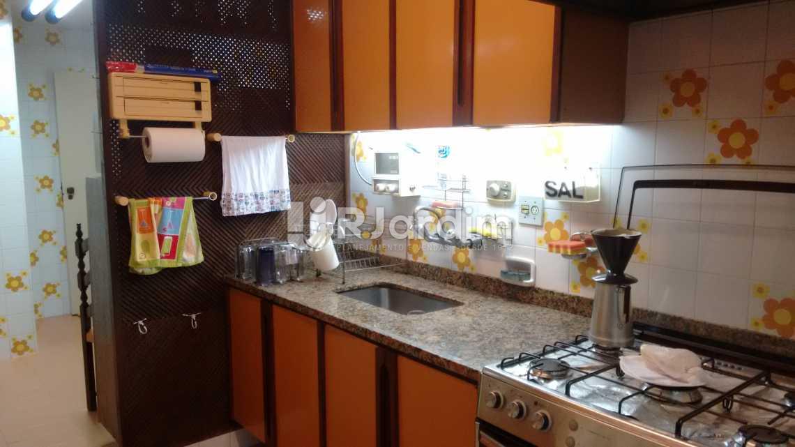 cozinha  - Imóveis Compra Venda Avaliação Apartamento Leblon 3 Quartos - LAAP30943 - 12