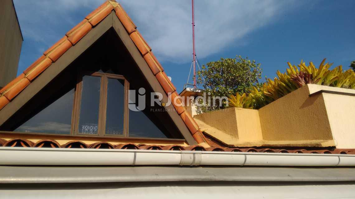Telhado / segundo piso  - Compra Venda Avaliação Imóveis Cobertura Ipanema 3 Quartos - LACO30131 - 21