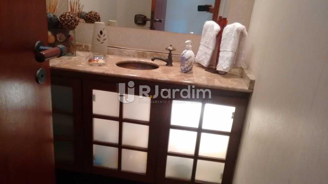 banheiro social  - Compra Venda Avaliação Imóveis Cobertura Ipanema 3 Quartos - LACO30131 - 23