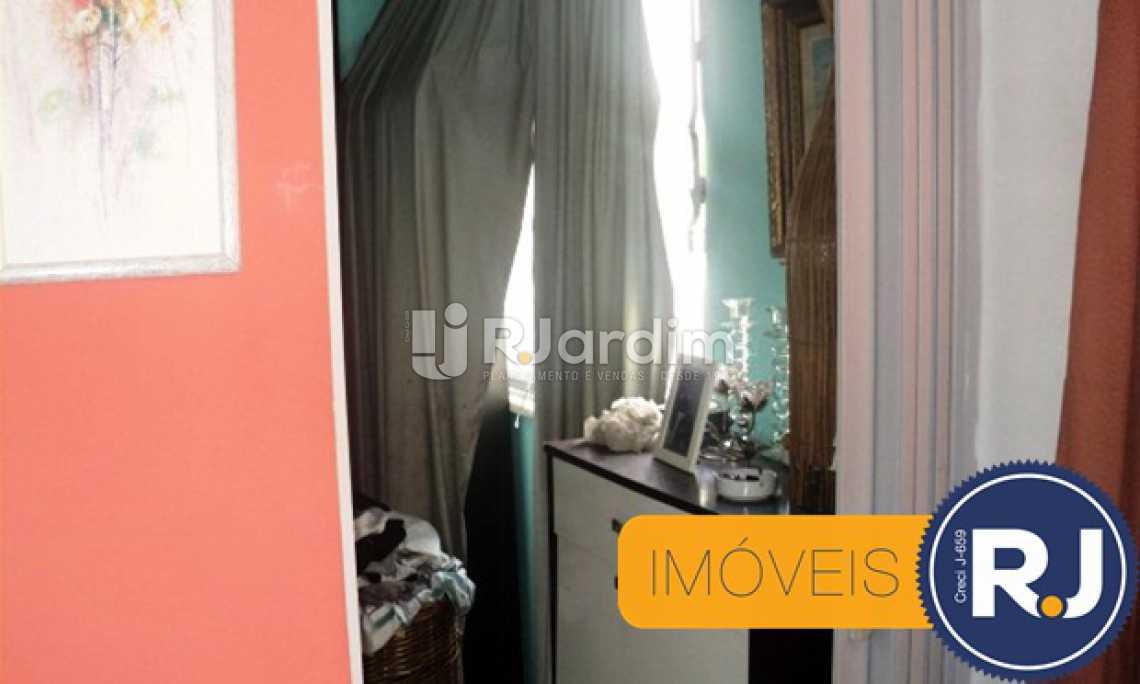 ENTRADA DE UM DOS QUARTOS  - Apartamento À VENDA, Copacabana, Rio de Janeiro, RJ - LAAP30968 - 10