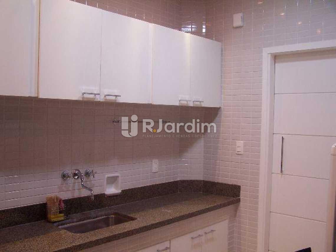 cozinha toda planejada - Imóveis Compra Venda Avaliação Apartamento Ipanema 2 Quartos - LAAP30979 - 10
