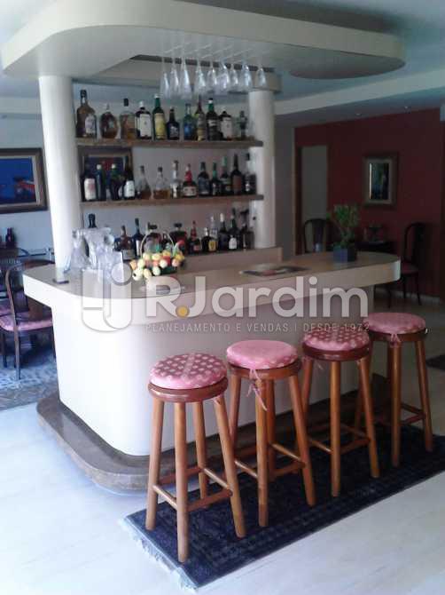 Sala ambiente 2 Bar - Apartamento À VENDA, Copacabana, Rio de Janeiro, RJ - LAAP30975 - 3