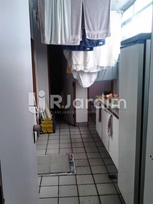 Área de serviço e dependência - Apartamento À VENDA, Copacabana, Rio de Janeiro, RJ - LAAP30975 - 11