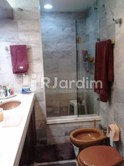 Banheiro da suíte - Apartamento À VENDA, Copacabana, Rio de Janeiro, RJ - LAAP30975 - 20