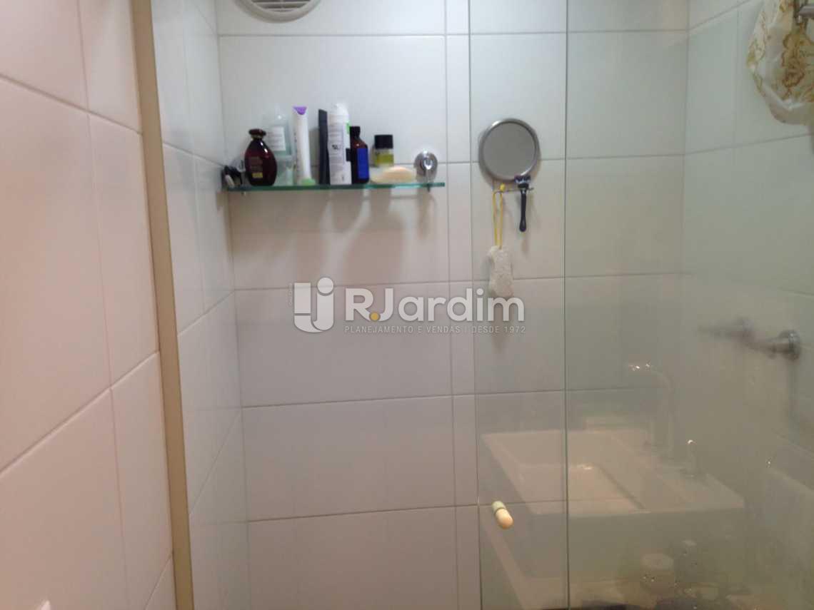 banheiro  - Flat À VENDA, Botafogo, Rio de Janeiro, RJ - LAFL20024 - 15