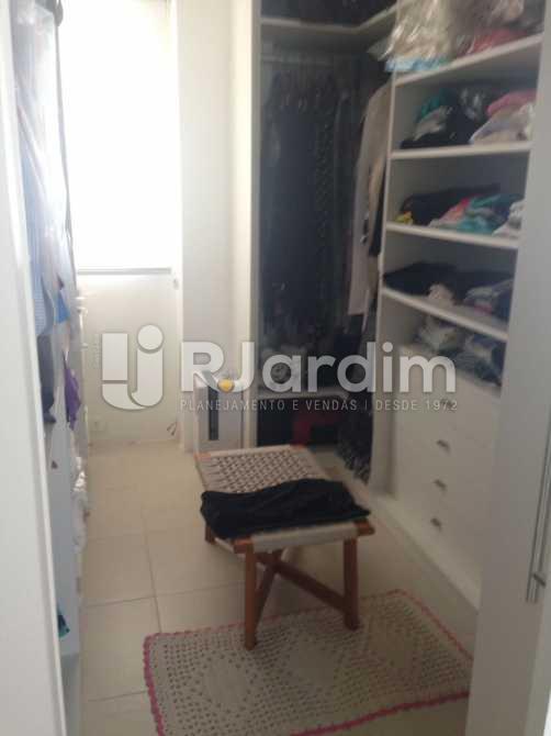 Closet - Compra Venda Avaliação Apartamento 2 Quartos Humaitá - LAAP20696 - 25