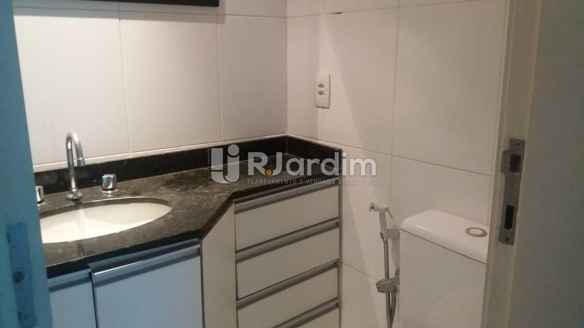 Banheiro suíte - Apartamento À VENDA, Leblon, Rio de Janeiro, RJ - LAAP20704 - 11