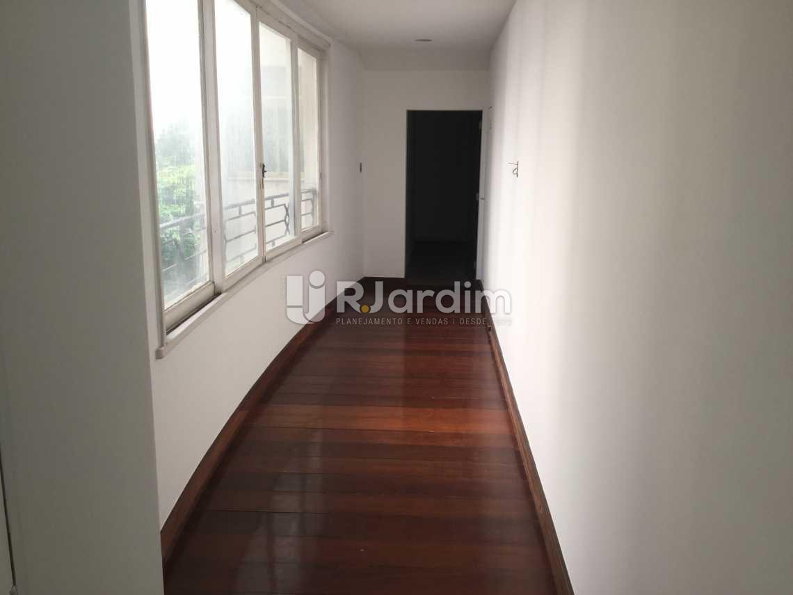 circulação externa - Apartamento À VENDA, Copacabana, Rio de Janeiro, RJ - LAAP40446 - 24
