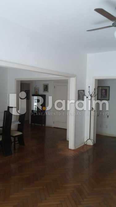 Sala  - Apartamento / 3 Quartos / Copacabana - LAAP31039 - 8
