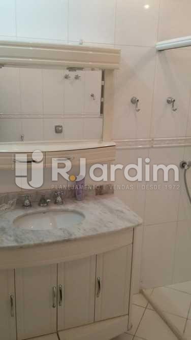 Banheiro social  - Apartamento / 3 Quartos / Copacabana - LAAP31039 - 19