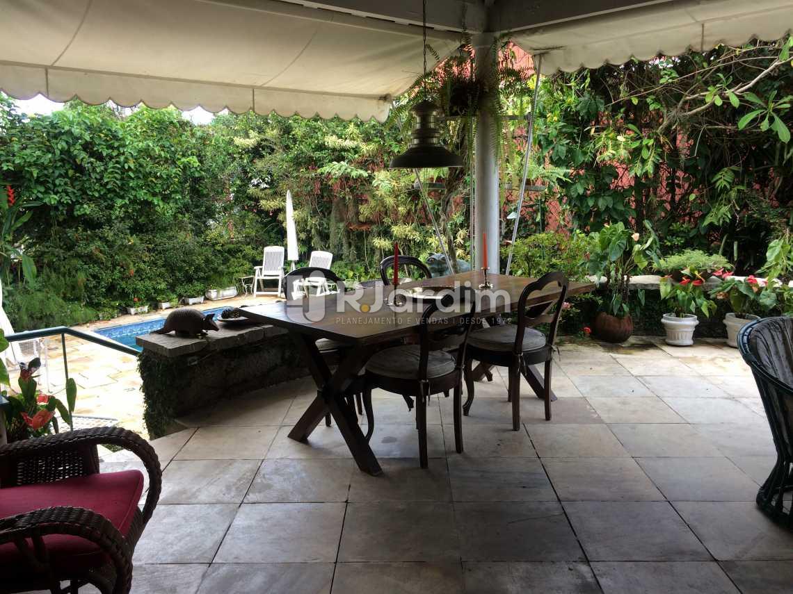 varanda - Casa Rua Senador Simonsen,Jardim Botânico, Zona Sul,Rio de Janeiro, RJ À Venda, 6 Quartos, 419m² - LACA60007 - 3