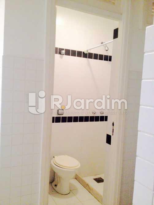 banheiro de serviço - Apartamento / 3 Quartos / Copacabana / Praia Leme - LAAP31049 - 26