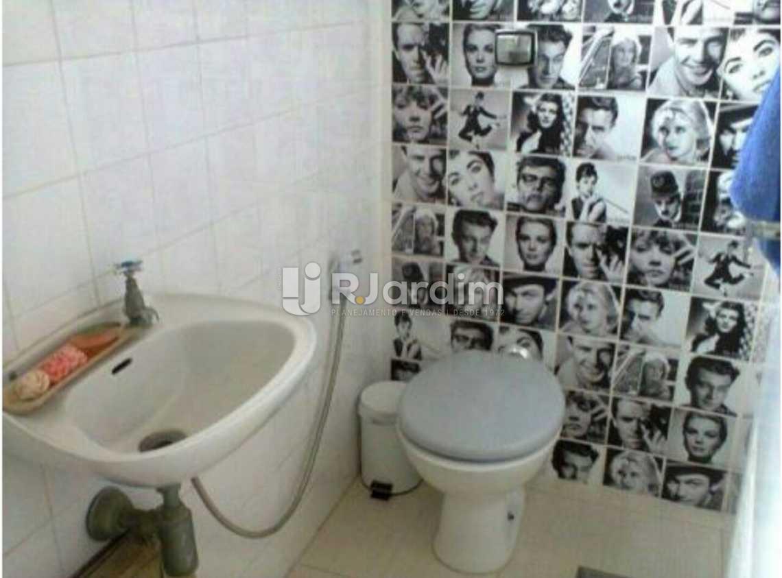 Banheiro Empregada - Apartamento À VENDA, Copacabana, Rio de Janeiro, RJ - LAAP20747 - 25