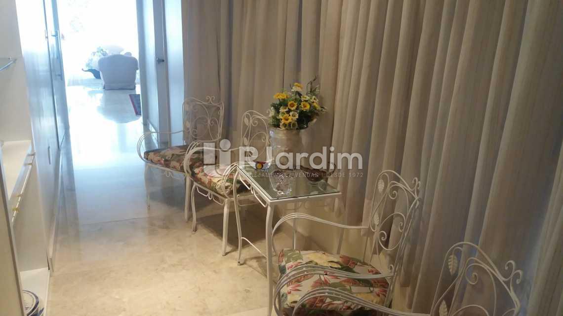 Circulação - Apartamento 4 Quartos Venda Copacabana Zona Sul Rio de Janeiro RJ - LAAP40470 - 8