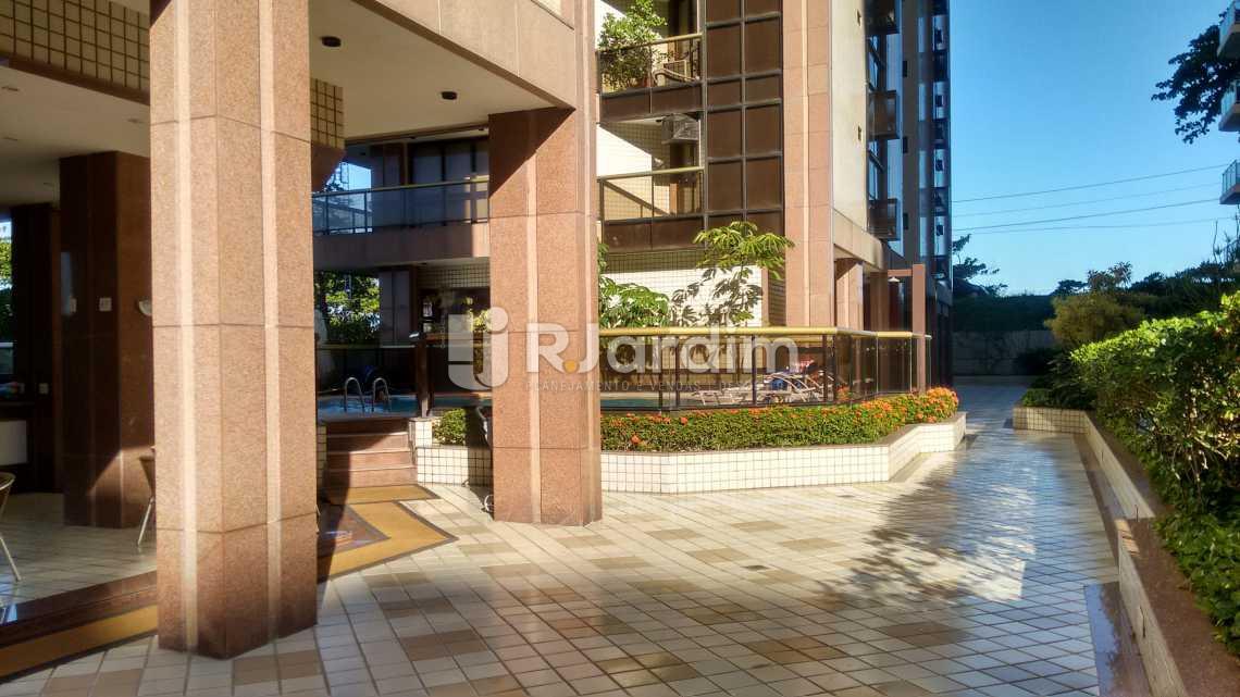 área livre/salão de festas - Apartamento 2 Quartos Para Alugar Copacabana, Zona Sul,Rio de Janeiro - R$ 10.000 - LAAP20767 - 18