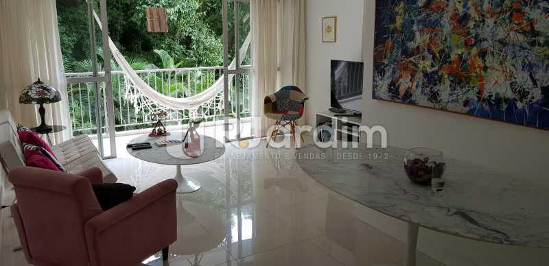 sala /varanda - Belíssimo apartamento, Lagoa, voltado para o verde. - LAAP10179 - 1
