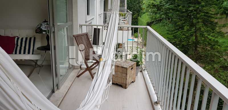 varanda - Belíssimo apartamento, Lagoa, voltado para o verde. - LAAP10179 - 5