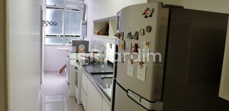 cozinha - Belíssimo apartamento, Lagoa, voltado para o verde. - LAAP10179 - 11