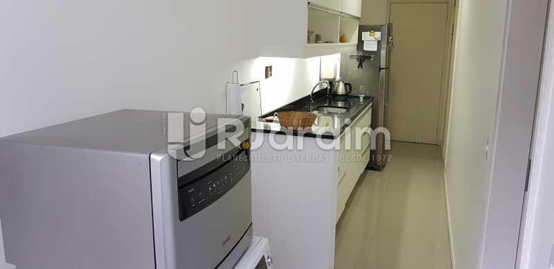 cozinha - Belíssimo apartamento, Lagoa, voltado para o verde. - LAAP10179 - 12