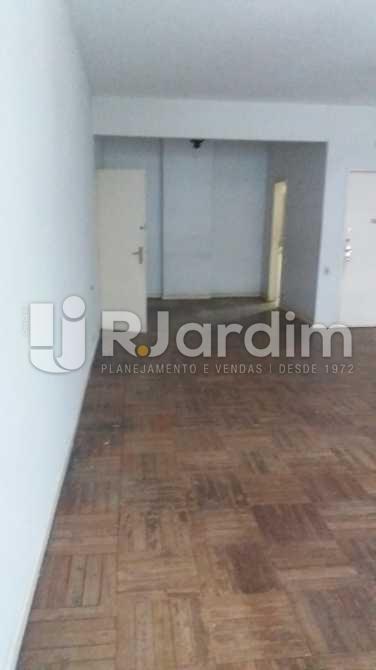 Sala e sala de jantar - Apartamento À VENDA, Copacabana, Rio de Janeiro, RJ - LAAP31117 - 8