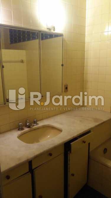 Banhaeiro social 1 - Apartamento À VENDA, Copacabana, Rio de Janeiro, RJ - LAAP31117 - 12