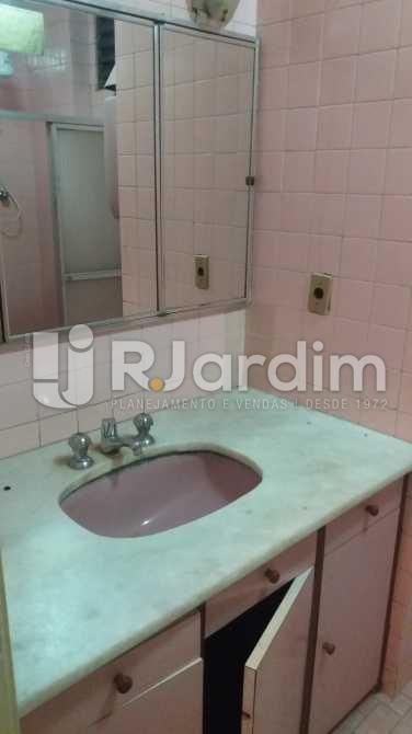 Banheiro social 2 - Apartamento À VENDA, Copacabana, Rio de Janeiro, RJ - LAAP31117 - 15