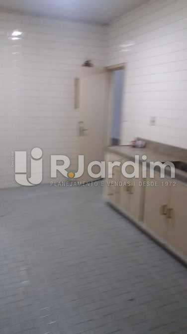 Cozinha - Apartamento À VENDA, Copacabana, Rio de Janeiro, RJ - LAAP31117 - 25