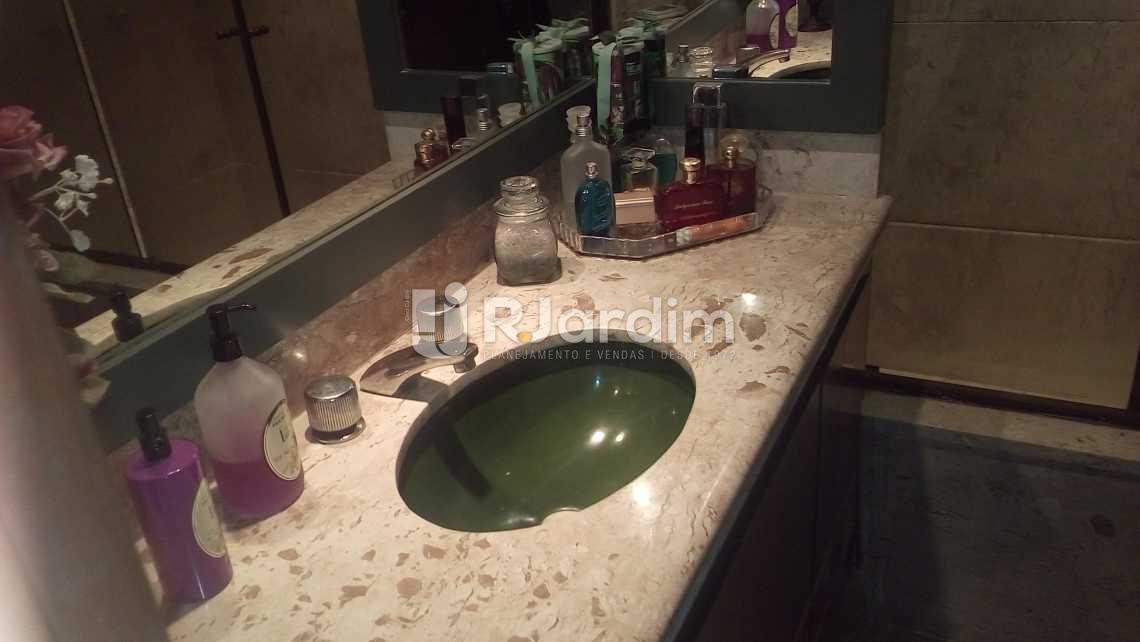 banheiro - Apartamento À VENDA, Ipanema, Rio de Janeiro, RJ - LAAP40490 - 20