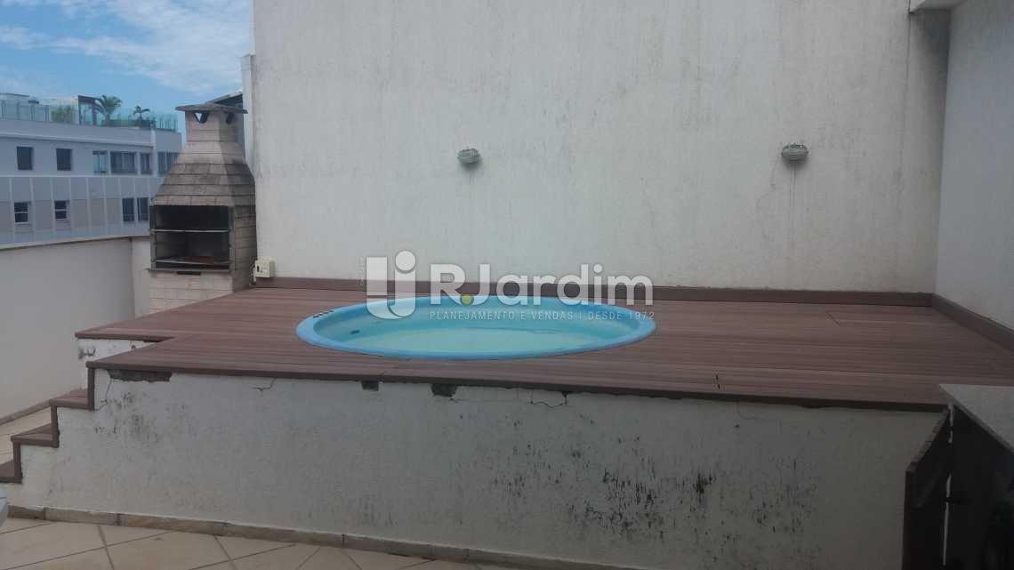 Piscina e churrasqueira - Cobertura Duplex / Apart Hotel / Residencial / 3 Quartos / Ipanema / Zona Sul / Rio de Janeiro RJ - LACO30160 - 21
