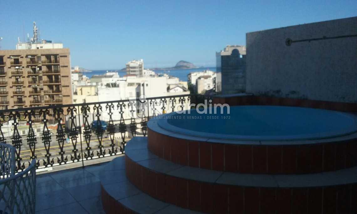 terraço piscina  - Cobertura Leblon, Zona Sul,Rio de Janeiro, RJ À Venda, 2 Quartos, 149m² - LACO20097 - 23
