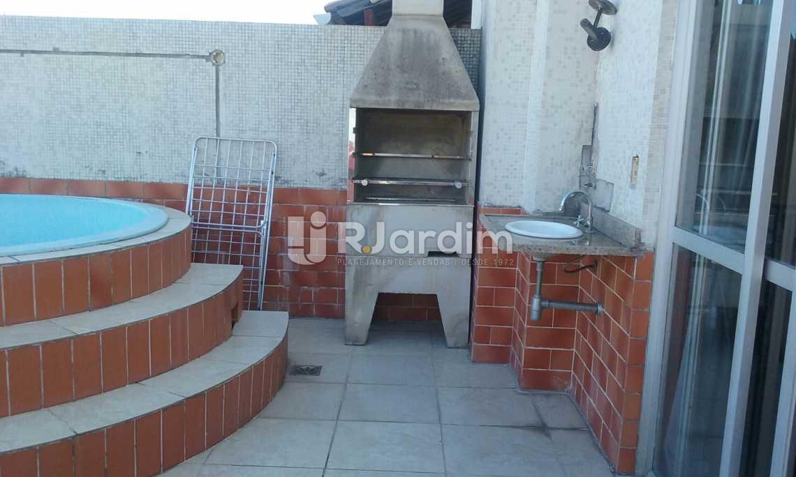 terraço churrasqueira  - Cobertura Leblon, Zona Sul,Rio de Janeiro, RJ À Venda, 2 Quartos, 149m² - LACO20097 - 22
